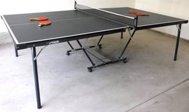 Stiga Ping Pong Table with 4 Stiga Table Tennis Paddles in Lockport, Illinois
