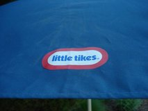 CHILD'S LITTLE TIKES PICNIC TABLE UMBRELLA in Joliet, Illinois