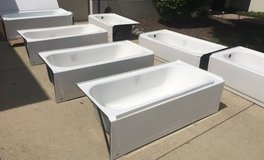 Bathtub Overstock One Day Warehoue Sale! New - Bruised and Reduced in Lockport, Illinois