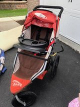 Bob Revolution Stroller with infant adaptor in Chicago, Illinois