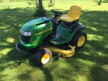 John Deere L120 Riding Tractor Mower 2004, 48 Inch in Elgin, Illinois
