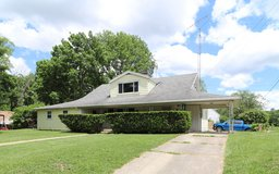 932 Dublin Avenue Englewood, OH  45322 in Wright-Patterson AFB, Ohio