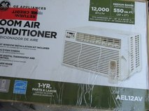Brand new with 1 year warranty GE 12000 BTU Window Air Conditioner in New Lenox, Illinois