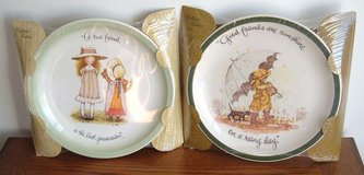 NEW 2 Holly Hobbie Plates Vintage 1972 American Greetings True & Good Friends in Oswego, Illinois
