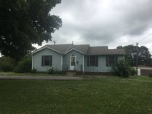 *** GREAT LOCATION*** 3 Bedroom 1.5 Bath House for Rent in Fort Campbell, Kentucky