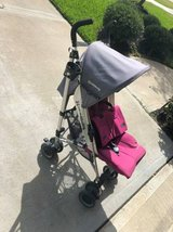 UPPAbaby 2013 G-Luxe Stroller, Makena Magenta in The Woodlands, Texas