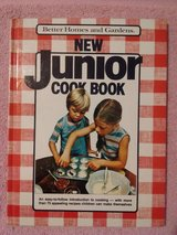 Vintage 1979 Better Homes and Gardens New Junior Hard Cover Cook Book in Plainfield, Illinois