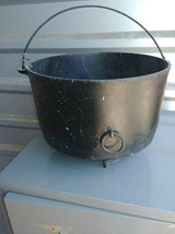 Antique 1890'Cast Iron Wagner  Campfire Kettle 3 Leg/ Footed in Travis AFB, California