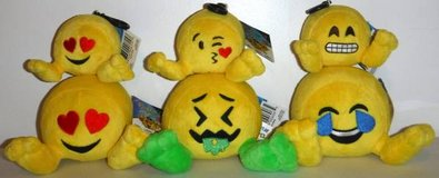 New! 6 Plush Emoji Toy Characters / Dolls in Orland Park, Illinois