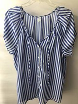 Women's blouse Old Navy Size L in Chicago, Illinois