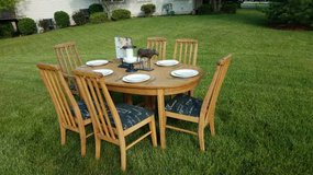 Vintage French Country Table & 6 Chairs in Plainfield, Illinois