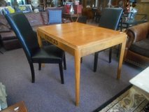 Sellers Brand Table with 2 chairs in Sugar Grove, Illinois