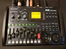 Zoom R8 multi-track recorder and interface in Warner Robins, Georgia