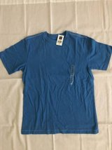 Gap boys T-shirt size 8 NWT in Joliet, Illinois