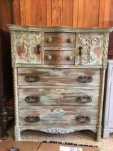 Beautiful Shabby Chic dresser in Camp Pendleton, California