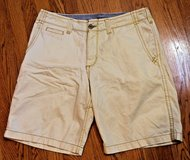 LEE Dungarees Vintage Chino Cotton Shorts, Beige/Yellow, Sz 34 in St. Charles, Illinois