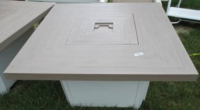 Outdoor Firepit Table, Merchandise Mart Sample in Fort Meade, Maryland