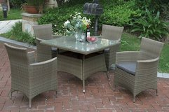 New! Tan Outdoor Patio Table and 4 Chairs Set FREE DELIVERY in Oceanside, California