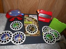 2 Vintage  3-D View Masters w/ 9 Reels!  Discovery Channel ( Space & Reptiles) in Bellaire, Texas