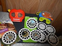 2 Vintage View Masters w/ 10 Reels! Discovery Channel 'DINOSAURS' Note: One is a Lighted 3-D Vie... in Bellaire, Texas