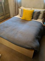 West Elm Gray Grey KING SIZE Quilted Comforter Bedspread Blanket Quilt in Westmont, Illinois