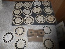 Vintage SAWYER Brown View Master + 17 Assorted Film Reels. Nice condition in Bellaire, Texas
