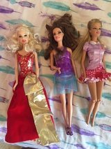 lot of 4 barbies perfect condition 4 pack in Kingwood, Texas