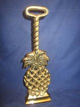 VIRGINIA METALCRAFTERS Doorstop Brass Pineapple COLONIAL WILLIAMSBURG in Lockport, Illinois