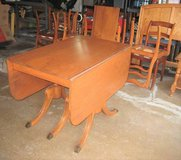Vintage Antique 1940's Duncan Phyfe Style Table and 8 Chairs in Joliet, Illinois