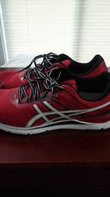 Mens 9.5 asics shoes in Tacoma, Washington