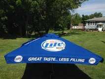 NEW!   MILLER  LITE  PATIO  UMBRELLA  PUB  STYLE  9' in Sugar Grove, Illinois