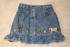 Girls Gymboree denim skirt, size 6 in Fort Belvoir, Virginia