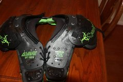 "All-Star SPT 1500 M Catalyst Football Shoulder Pads Size Small 30""-32"" in Kingwood, Texas"