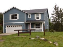 Beautiful large newer home in Fort Lewis, Washington