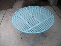 OUT DOOR INDOOR METAL TABLE in Orland Park, Illinois