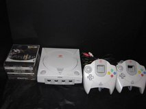 SEGA DREAMCAST UNIT WITH 10 GAMES TWO CONTROLLERS in Brookfield, Wisconsin