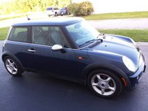 GarageKept Mini Cooper Hardtop, 5Sp Manual, Panoramic Sunroof, Cold AC in Cherry Point, North Carolina