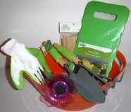 New! Gardening Set - Kneel Pad - Solar Light - Gloves - Tools + Bucket in Orland Park, Illinois