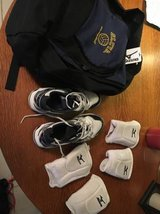 Volleyball shoes, pads and bag~woman's 6.5 in Lockport, Illinois