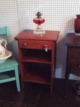 Antique End Table/Night Stand (Solid Oak) (Eatonton) in Byron, Georgia