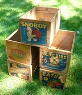 4 Vintage Wood Apple Crates in Chicago, Illinois