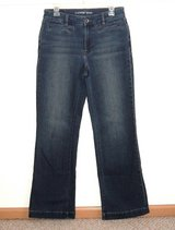 Lands End Mid Rise Boot Cut Trouser Jeans Womens 6 Tall 6T 6 x 33 Long Dark Blue in Oswego, Illinois