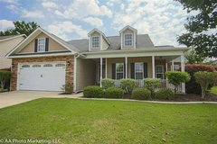 For Sale-- 112 Little Eagle Ct in Byron, Georgia