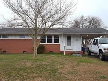 FOR RENT: 3 bedroom w/full bathrooms (LAFB) in Gloucester Point, Virginia