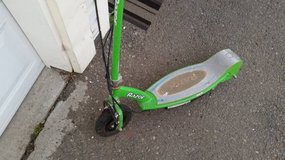 Lime Green Electric Razor Scooter - not running in Vacaville, California