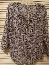 Ladies new black and white pattern shirt in Temecula, California