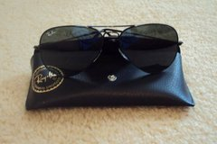 Ray Ban Aviator Style Sunglasses With Case - Never Worn! in Wilmington, North Carolina