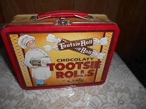 Vintage TOOTSIE ROLL Tin Lunch Box! Nice condition. Clean inside in Bellaire, Texas