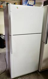 Very Nice, Clean Kenmore Refrigerator / Freezer - Delivery Available in Tacoma, Washington