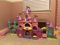 Vtech learning princess castle and doll in Kingwood, Texas